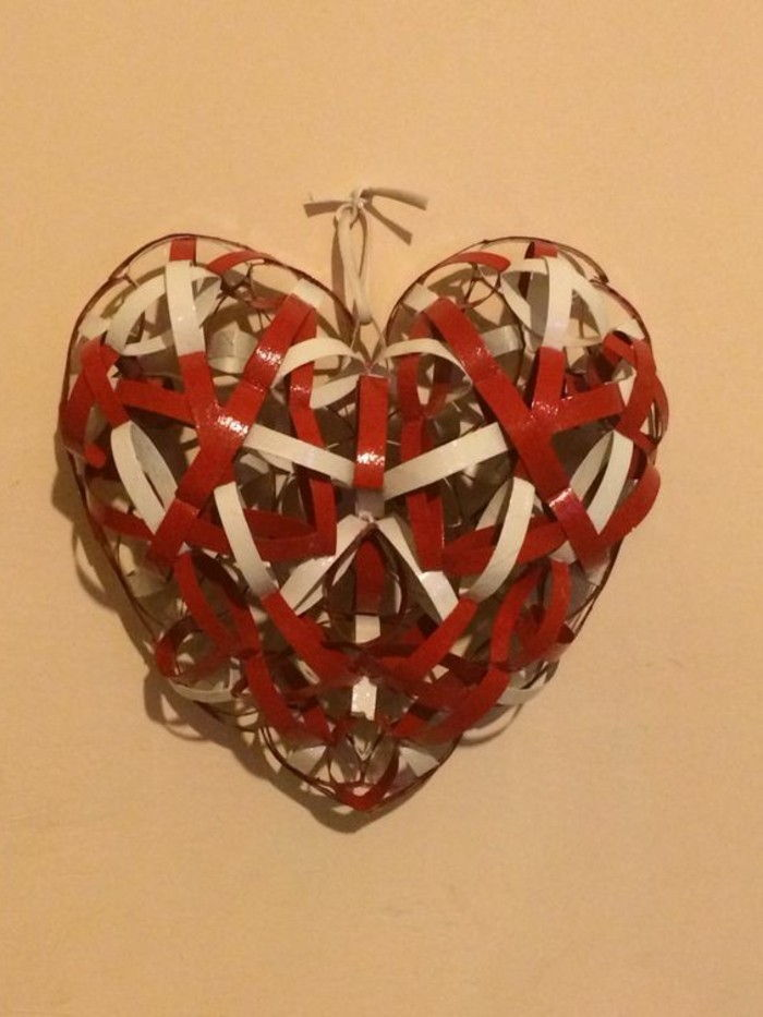 Craft Ideas-with-toilet rolls Red Heart