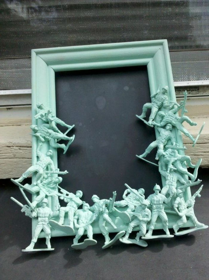 Picture Frame itself-tinker-of-old-toys