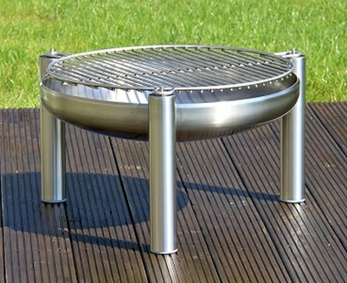 Fire bowl-with-grill-aluminum-wood-flooring