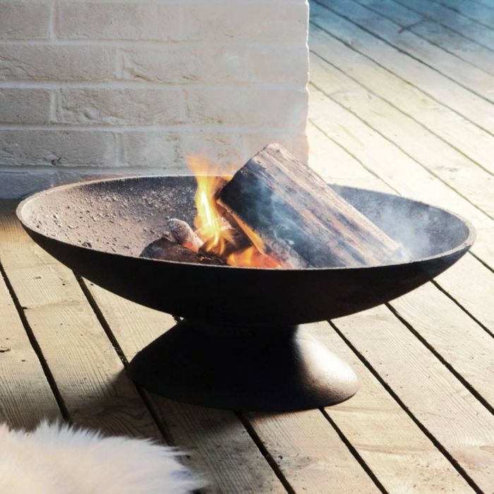 Fire bowl-wall with grill fire-brick-