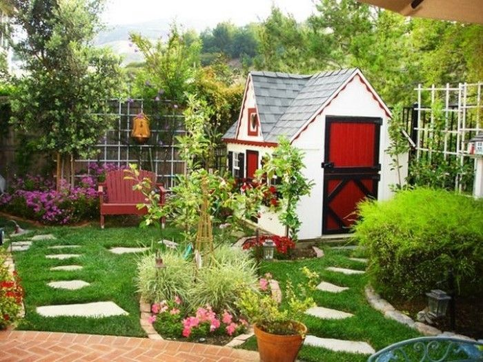 Landscaping Ideas-for-kids-a-beautiful-equipment