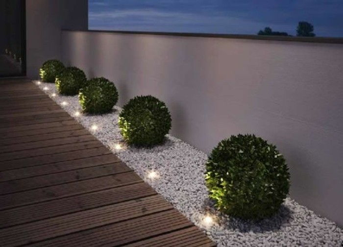 Garden design-with-bricks-and-lighting