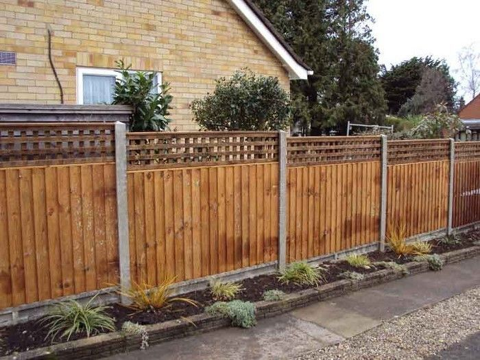 Fence-privacy-A-striking design