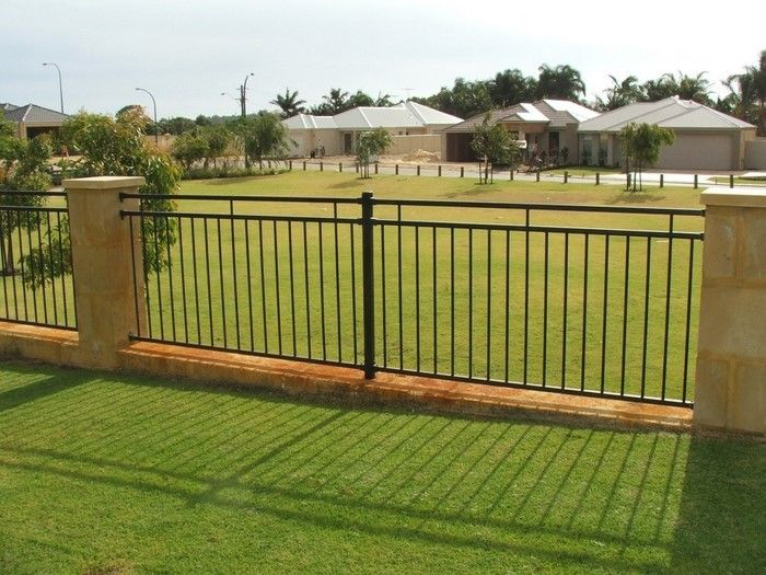 Fence-privacy-a-beautiful-decoration