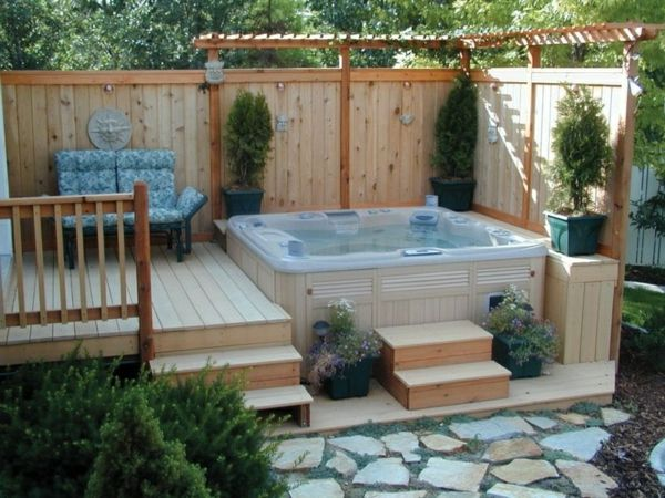 beautiful-design-ideas-for-the-perfect-garden-with-a- Jacuzzi