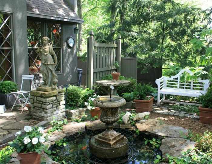 House backyard statue wall clock garden fountain