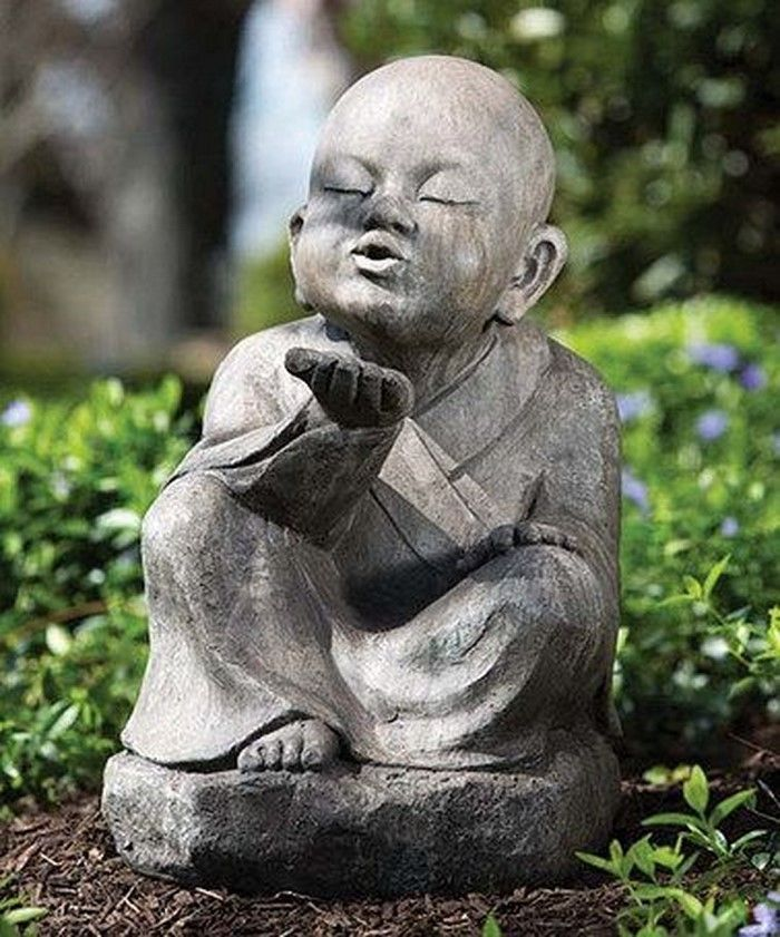 Funny-garden figures-on creative design