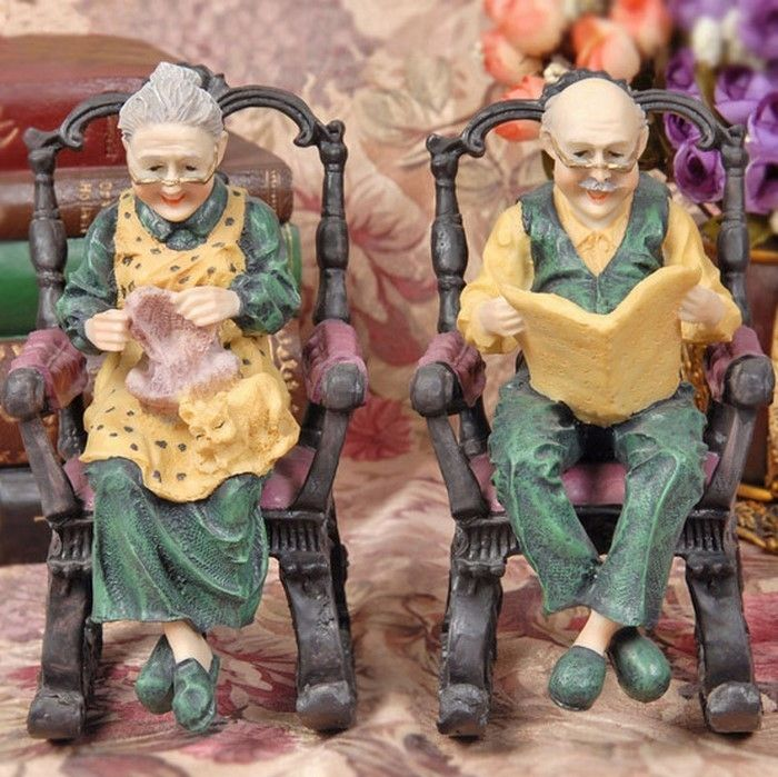Funny-garden figures-A-striking equipment