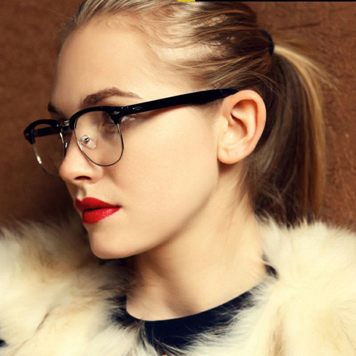Girl Red Lips-nerd-glasses