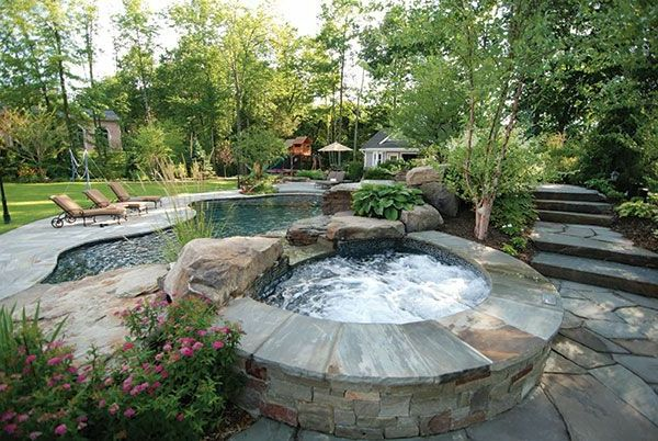 Modern garden with a Jacuzzi framing hot tub in the garden