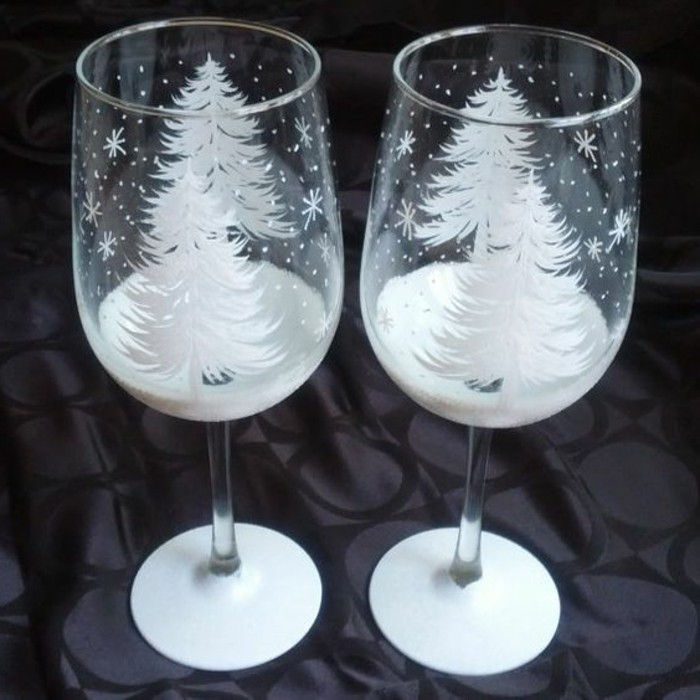 Red wine glasses-hand-painted with winter drawing-suitable-by-Teelichthalter