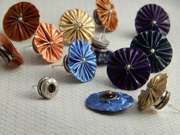 schmuck-selbermachen create out-coffee capsules-with---druckknoepfen-earrings-