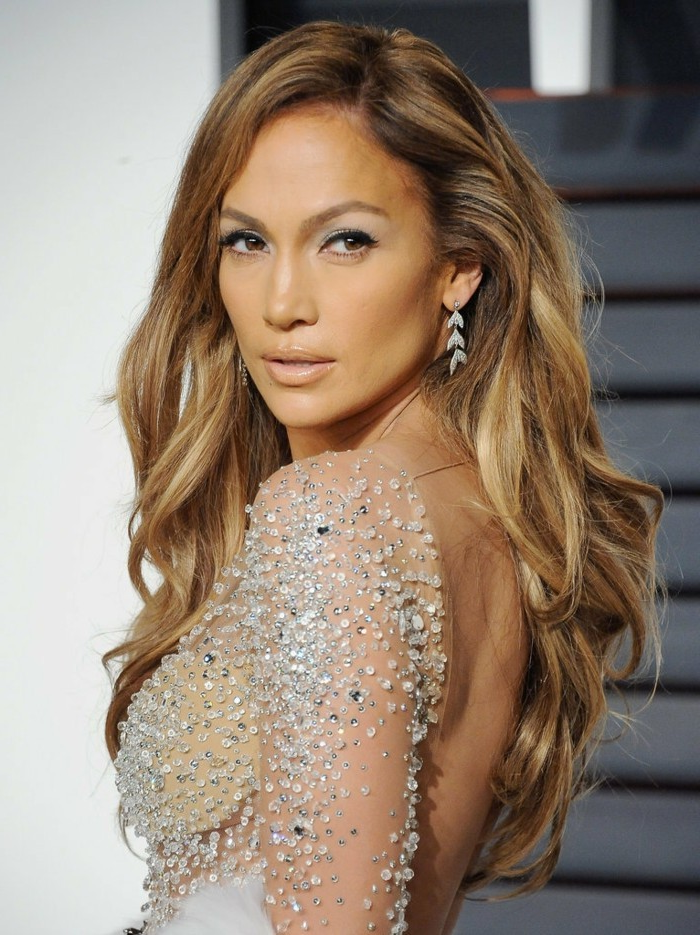 ombre blond the popular hairstyle of jennifer lopez beautiful singer dress