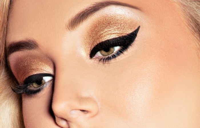 eye-makeup-eyeliner-cat eyes-create and gold eyeshadow-for-special-occasions