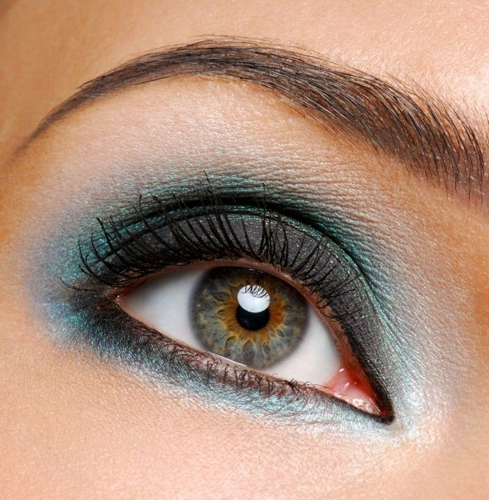eye makeup Colorful eye-Colorful-make-up-blue-green-brown eyebrows