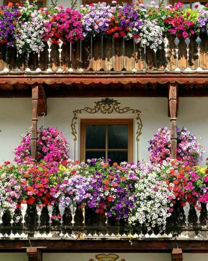 balcony-flowers-on-two floors