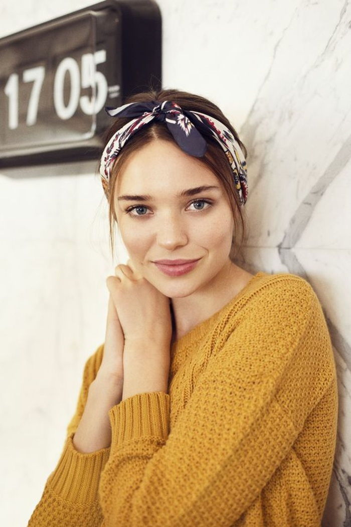 Lady with yellow blouse and beautiful everyday hairstyle with bandana