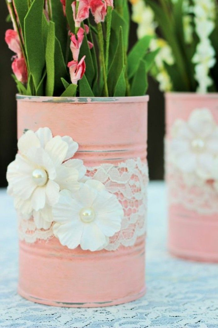 tinker-with-can-and-white-lace flowers-pearl flower pot-pink flowers