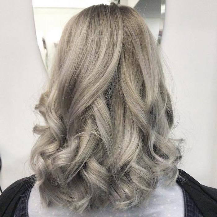 silver blonde - in the photo is a nuance that is closer to the blond hair color