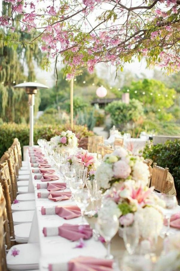 Blumendeko-by-the-garden-party deco-ideas - fantastic-atmosphere