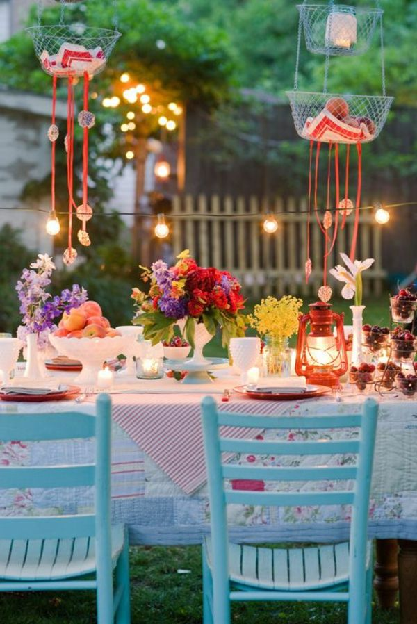 Blumendeko-by-the-garden-party deco-ideas - fascinating-tischdeko