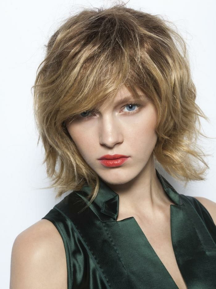 bob-hairstyles-year-chic-look