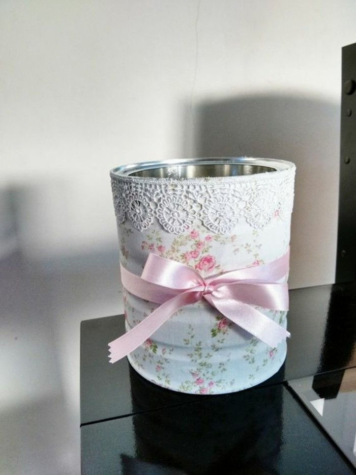 cool-things-tinker-konservendose-white-lace pink-ribbon-white-paper-with-roses