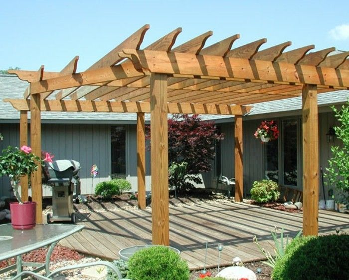 cool-backyard-with-a-beautiful-pergola-from-wood