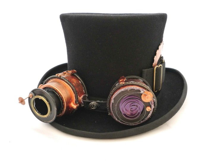 a-nicer-black-cylinder-with-steampunk elements