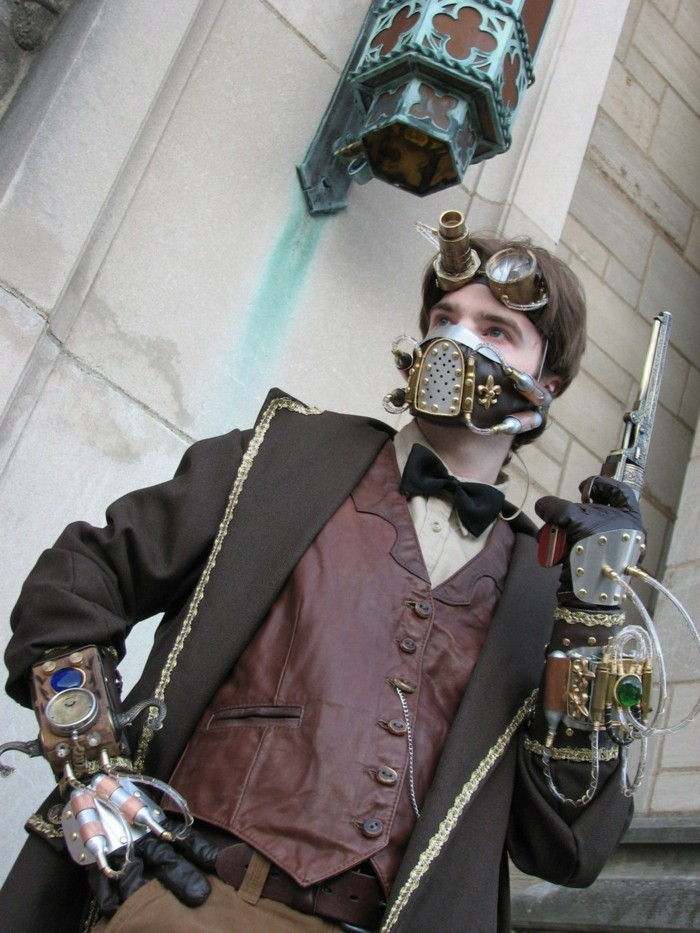a-great-steampunk-clothes-for-men-steampunk-glasses-and-coat