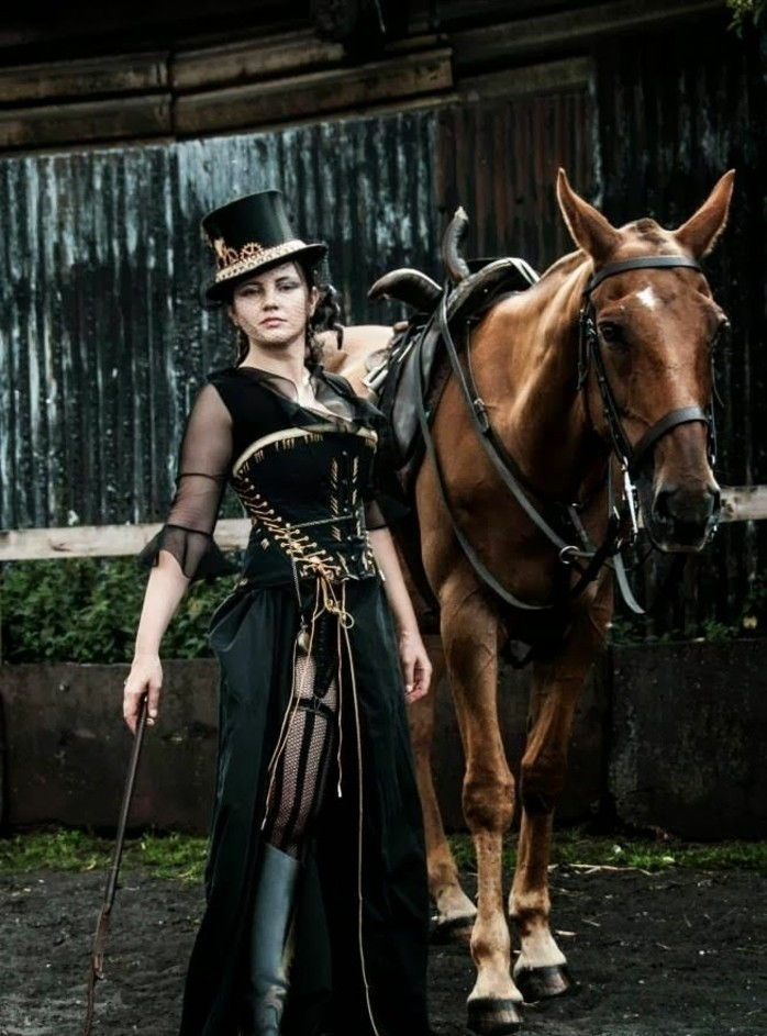 woman-with-a-steampunk-dress-and-steampunk-boots-in-leather