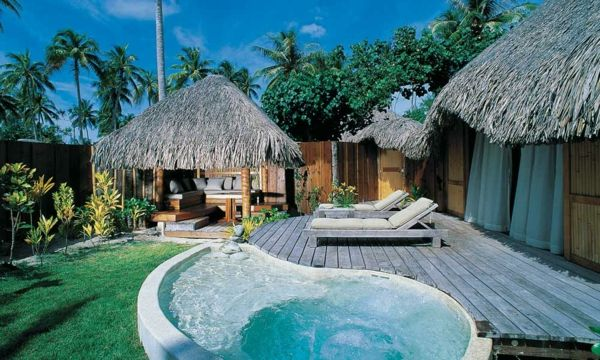 garden-pool-beautiful-design-small-houses