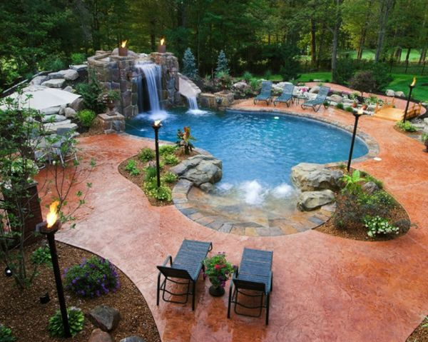 garden-pool-beautiful-picture-taken from Up