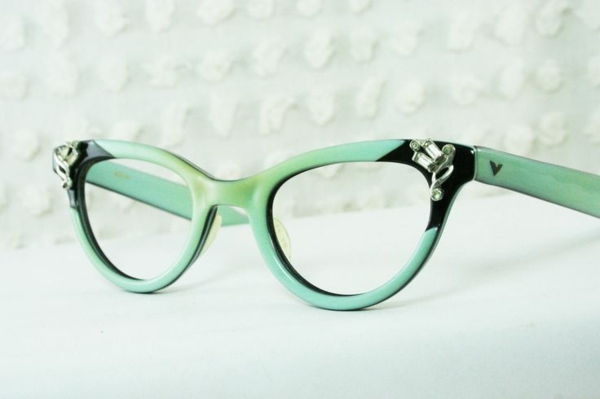 green-glasses-online-buy-buy-glasses-fashionable-eyeglasses-glasses frame