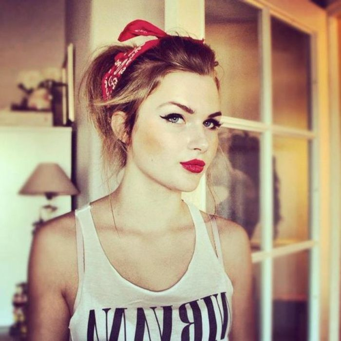 loose rockabilly hairstyle with red bandana, high-set hair