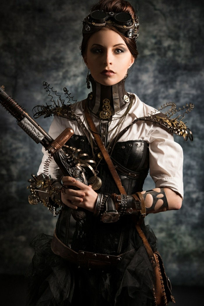 idee-for-steampunk-clothing-from-leather-and-for-women