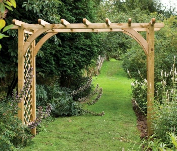 interesting-construction-pergola-of-wood-for-a-beautiful-garden
