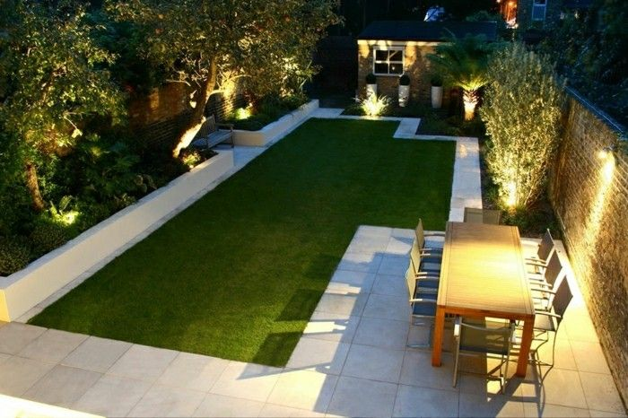 modern-landscaping-the-night-with-lighting-and-rasenfläche
