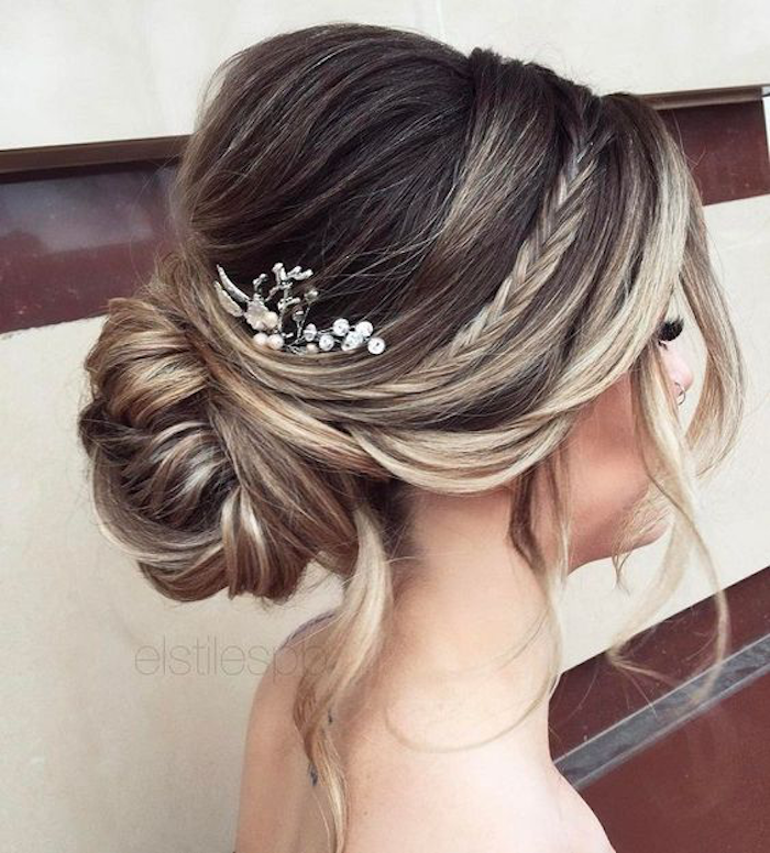 approach dark tips bright beautiful hairstyle fashion with contrasts colors bride bridal hairstyles