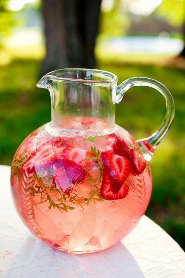 party-ideas-juice-of-strawberries-in-a-glass jug
