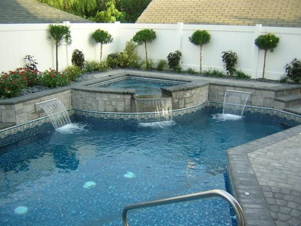 -beautiful-ideas-for-the-design-of-a-perfect-garden-with- whirlpool--