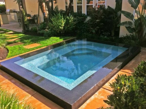 beautiful ideas-for-the-design-of-a-perfect-garden-with- whirlpool