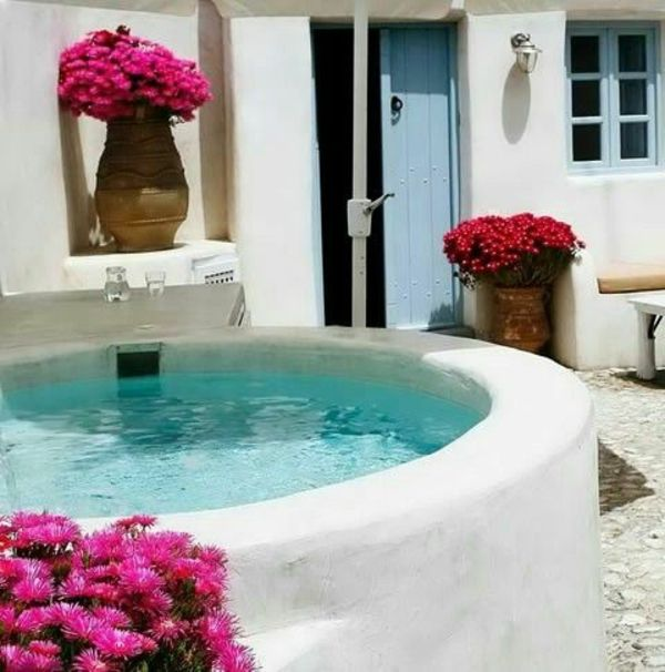 --beautiful-ideas-for-the-design-of-a-perfect-garden-with- whirlpool-