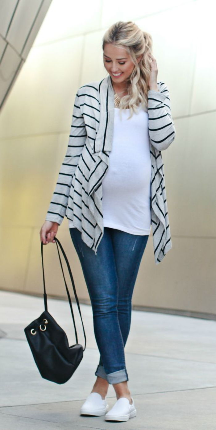 pregnancy fashion, umstandstop, blazer in white and black, jeans