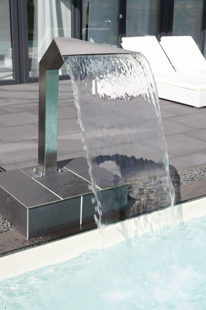scwalldusche-pool-yet-a-great-idea-to-theme-surge shower-pool