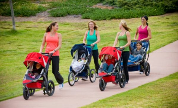 super-beautiful-picture-of-four mothers-with-stroller-making walk-in-park
