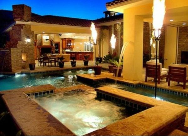super-great ideas-for-the-design-a-perfect-garden-with-a-jacuzzi