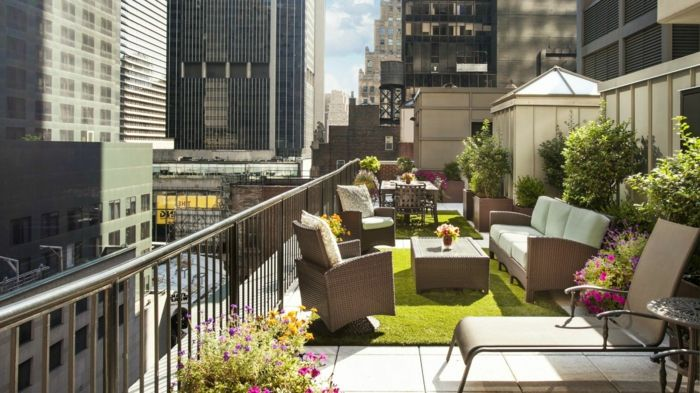 terrace design ideas pictures Beautiful and large terrace in the city set up and decorate