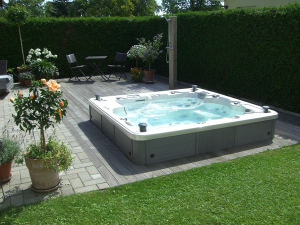 great ideas-for-the-design-of-a-perfect-garden-with- Jacuzzi design