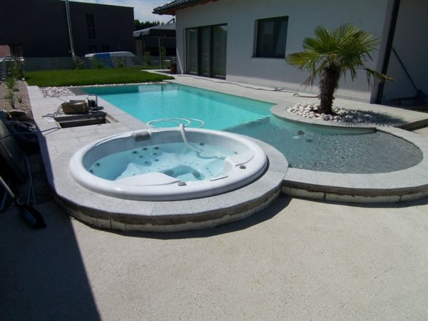 great ideas-for-the-design-a-perfect-garden-with- - jacuzzi - pool